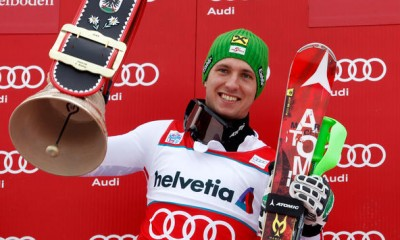 a-drone-fell-beside-skier-marcel-hirscher-while-he-was-in-a-competition