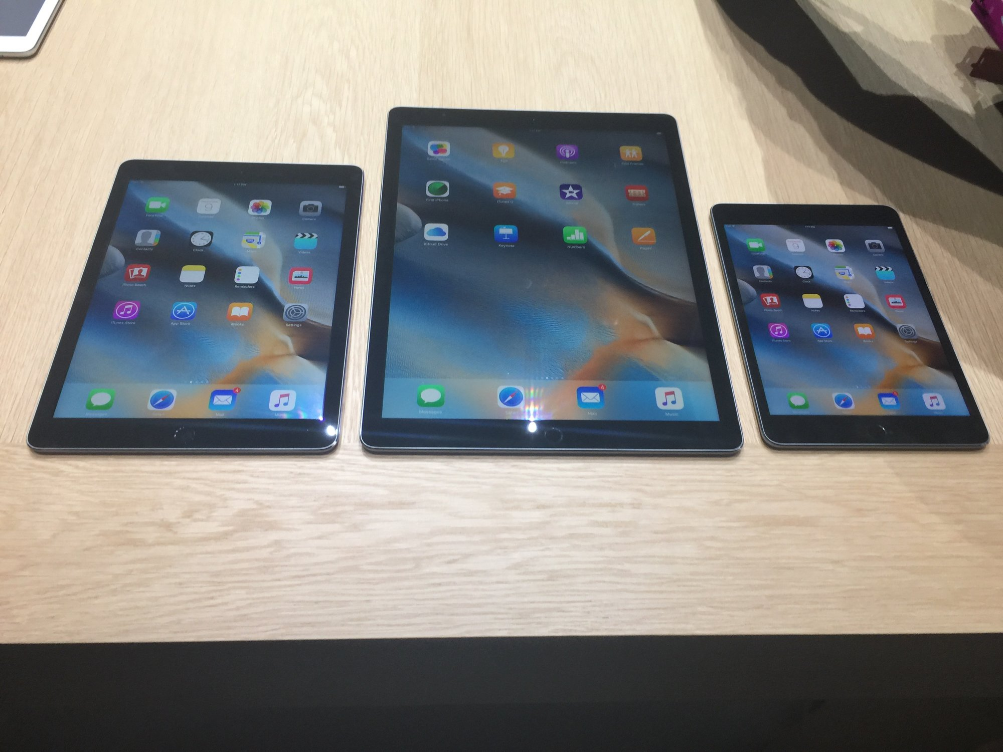 apple-ipad-pro-massive-powerful-and-the-fastest-ipad-apple-ever-produced