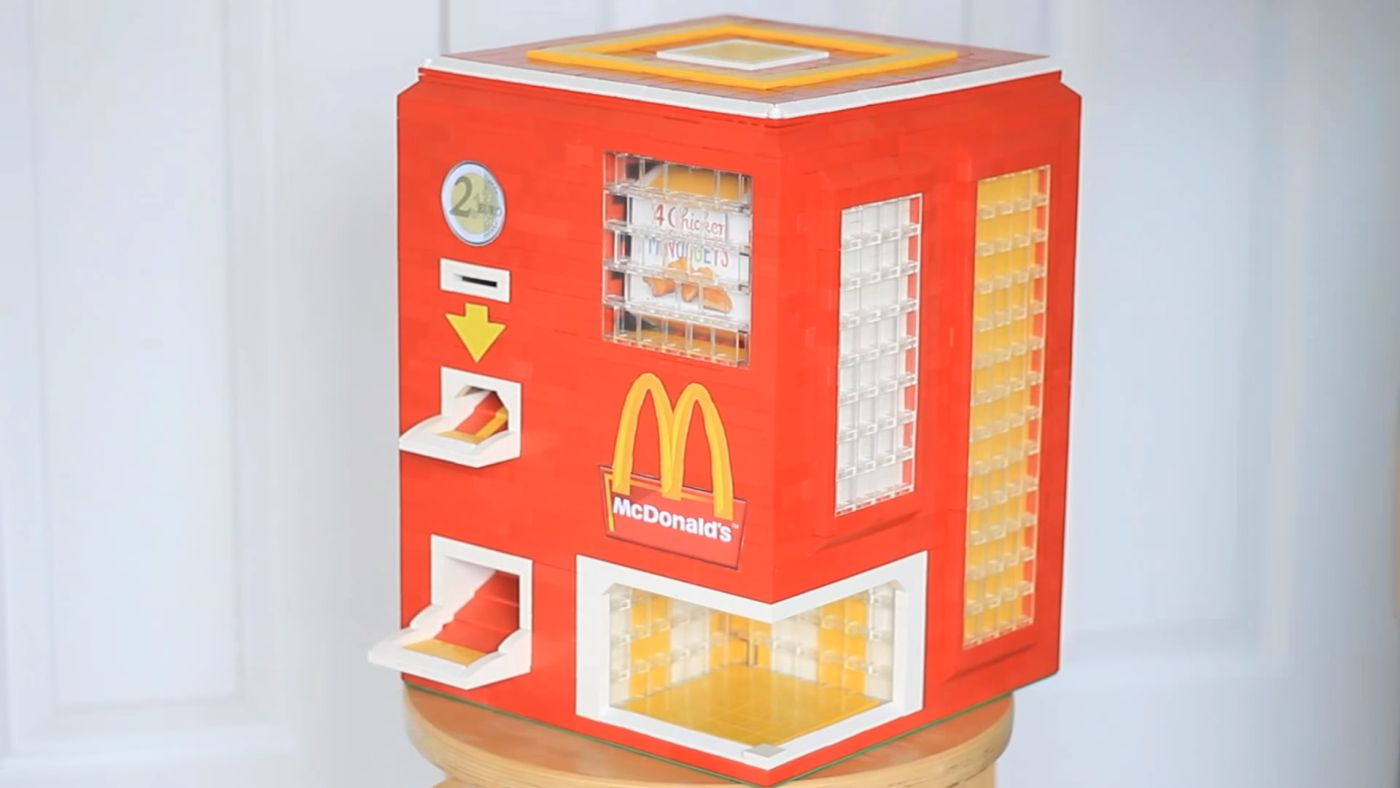 teen-built-lego-vending-machine-for-chicken-mcnuggets