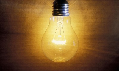 old-school-light-bulb-make-an-efficient-comeback