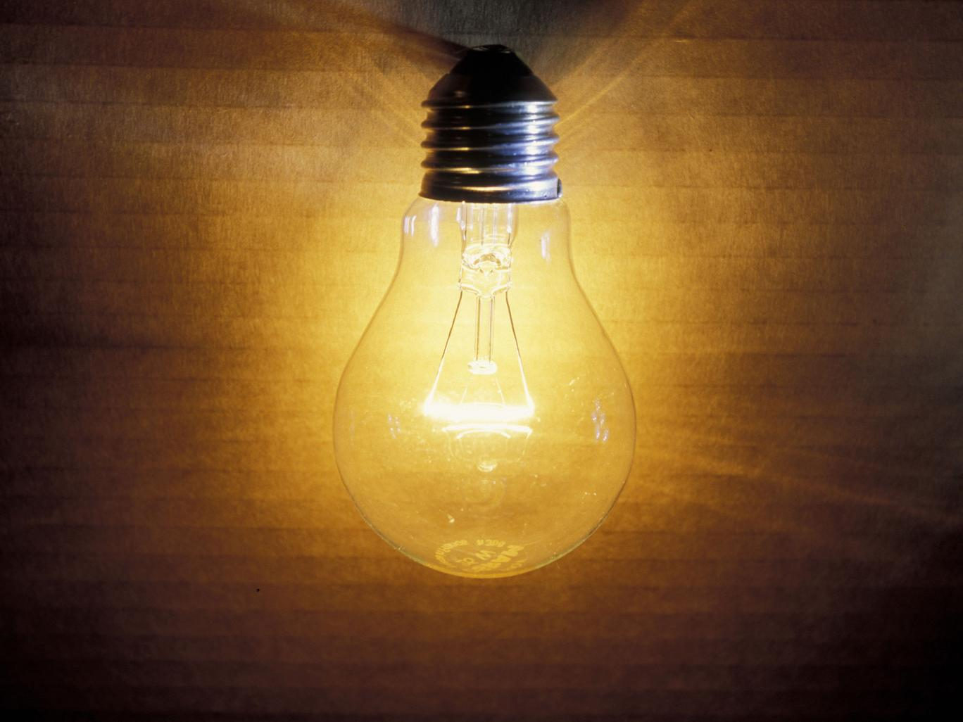 Old School Light Bulbs Make An Efficient Comeback Thetechnews