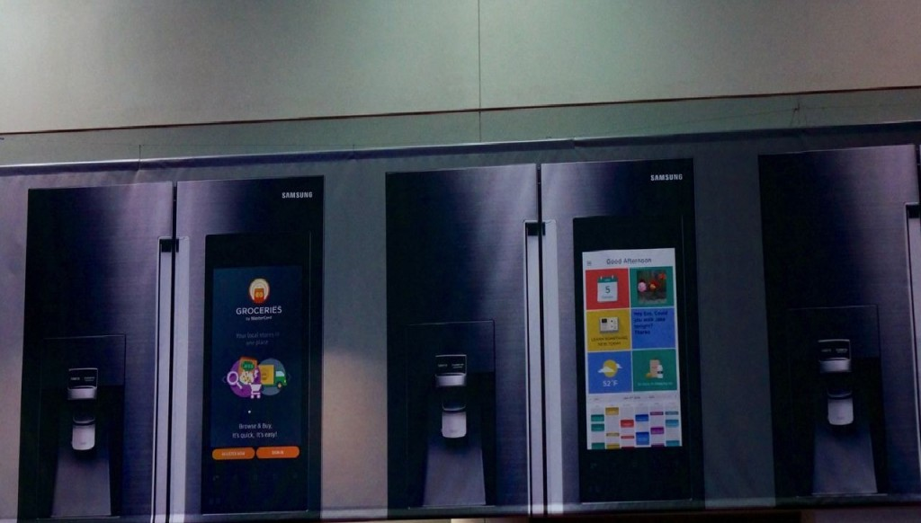 samsung-smart-fridge-touch-screen