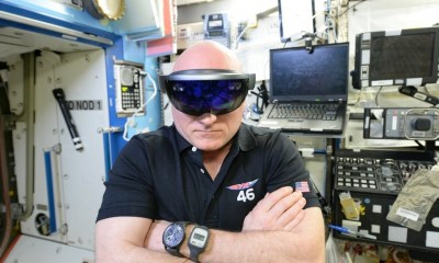 scott-kelly-dons-microsot-hololens-in-space