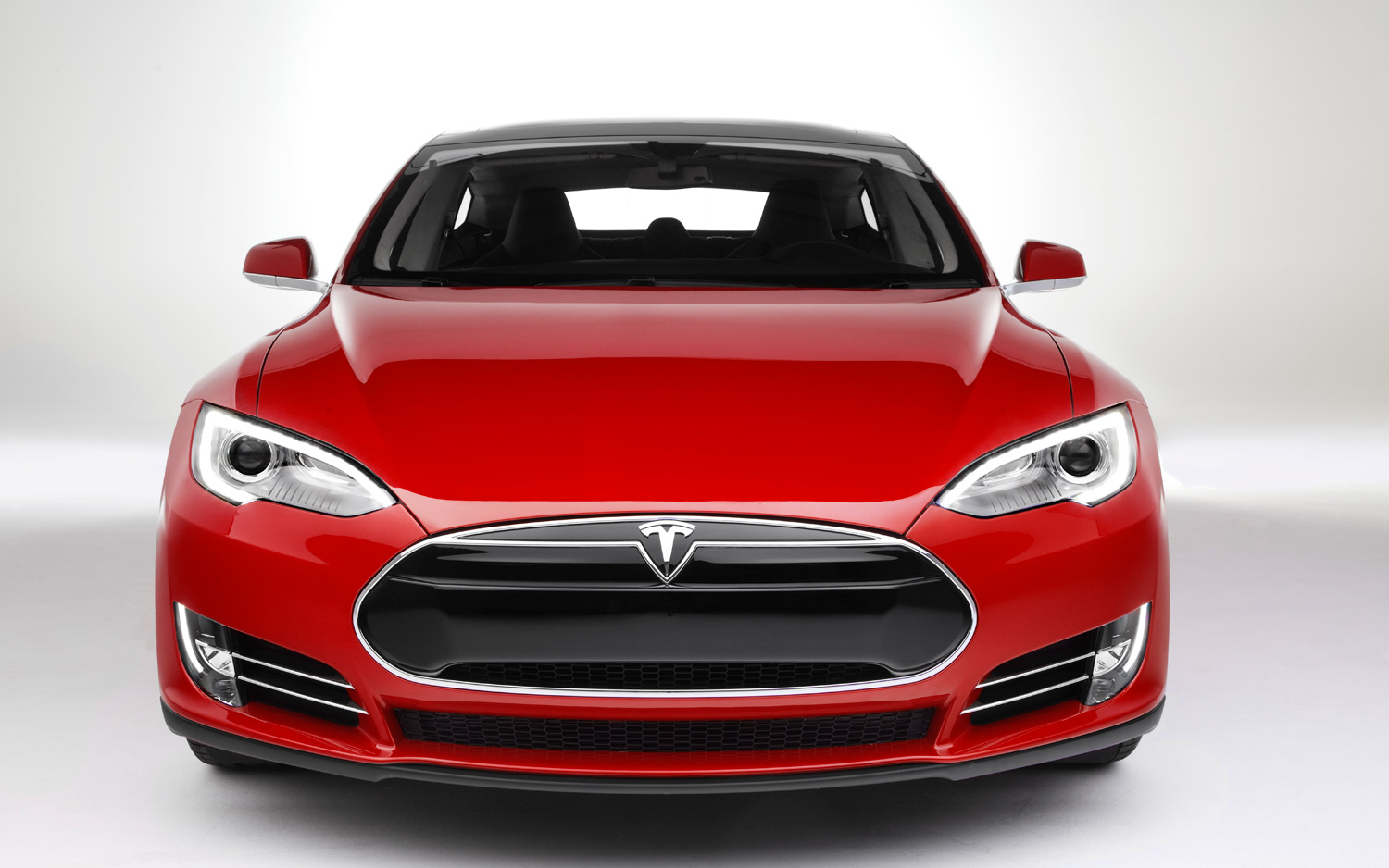 Driving Tesla Model X Turns Into A Nightmare For This VC