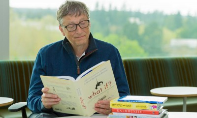 Bill_gates_recommended_books_artificial_intelligence_the_technews