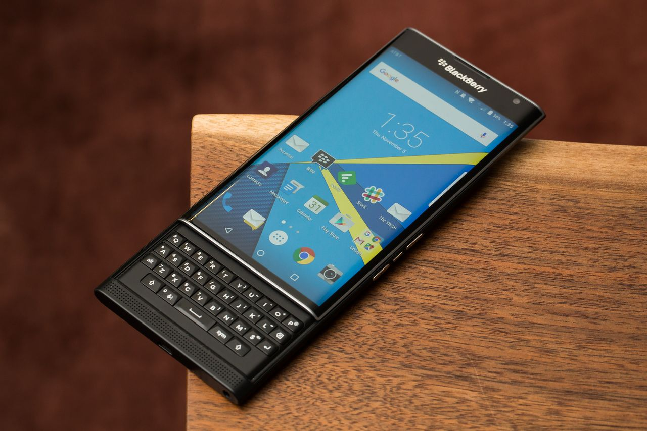 Phone Blackberry Android Phones List blackberry continues to develop smartphones with physical keyboard thetechnews