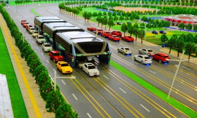 Chinas_elevated_bus_service_the_technews