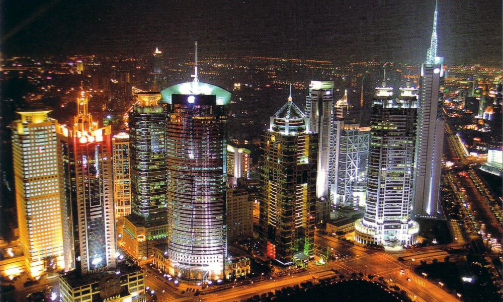 chinese-economy-is-descending-in-spite-of-having-a-strong-economic-sector