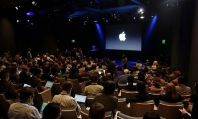 Apple's_iphone_7_live_event