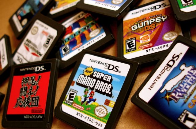 nintendo-ds-game-cartridges-640x424