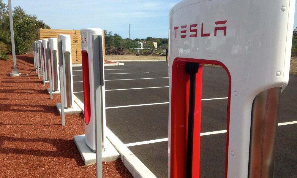 Tesla Taking Steps To Stop People From Parking At Charging Stations