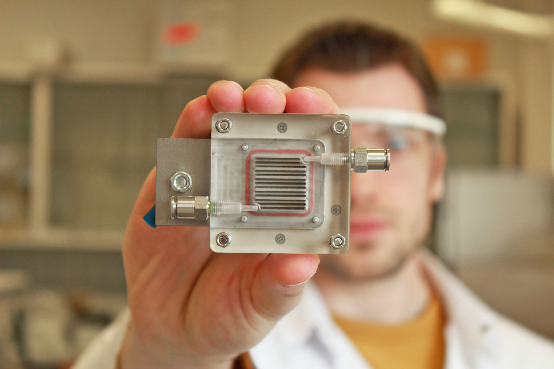 Converting air pollution into energy successfully by Belgian researchers