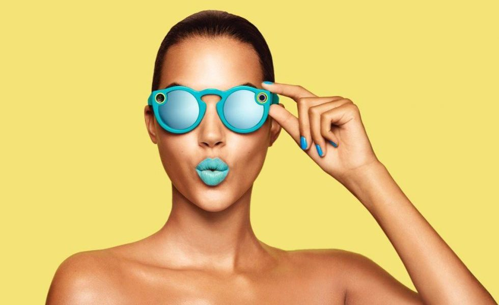 2cd04facf75 Pros and Cons of Snap Spectacles 2