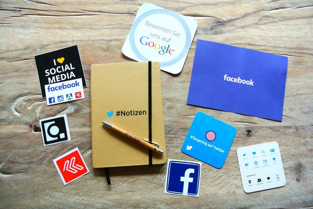 how-to-use-logo-on-social-media-channel